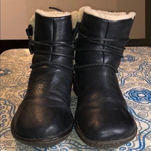 UGG Australia 1932 Boots/Booties